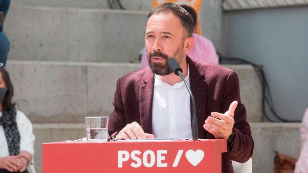 """Denis Itxaso, delegado del Gobierno en el País Vasco y ponente del capítulo """"España Autonómica y Reto Demográfico""""."""