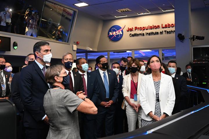 El presidente del Gobierno visita en Los Angeles el Jet Propulsion Laboratory de la NASA, centro referencia en investigación aeroespacial